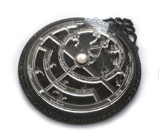 Persian astrolabe in plexiglass with laser cut printing.
