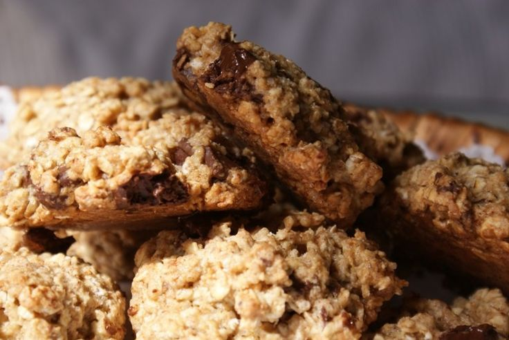 Fabulous oatmeal rich cookies are pierced with chunks of dark chocolate. Talk lots of fiber AND antioxidants for a wonderful morning or evening!