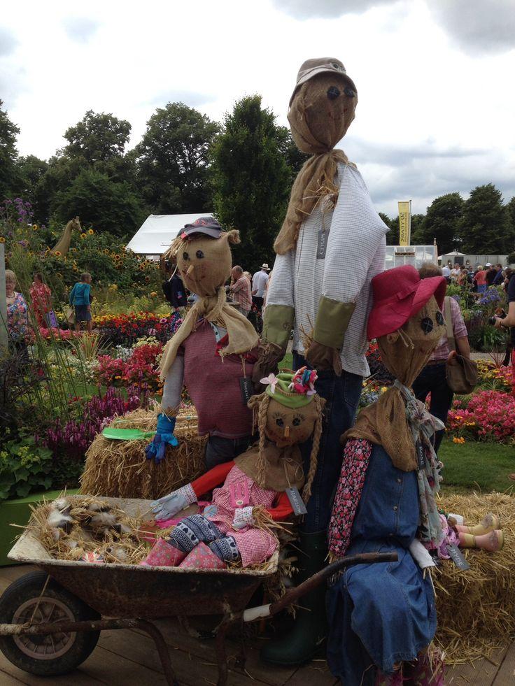 Scarecrow - Hampton Court Palace Flower Show 14