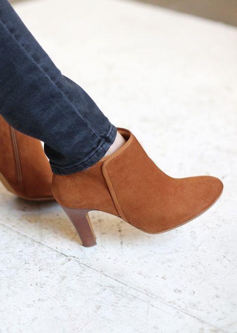 Sézane / Morgane Sézalory - Hudson boots #sezane #hudson www.sezane.com/fr #frenchbrand #boots
