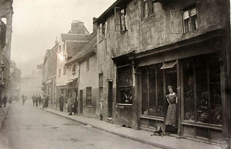 Merediths Fruit Shop, Market Street, Stourbridge, 1900