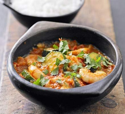 Wondering what to do with a glut of courgettes? Put them to good use in this spicy, summery one-pot