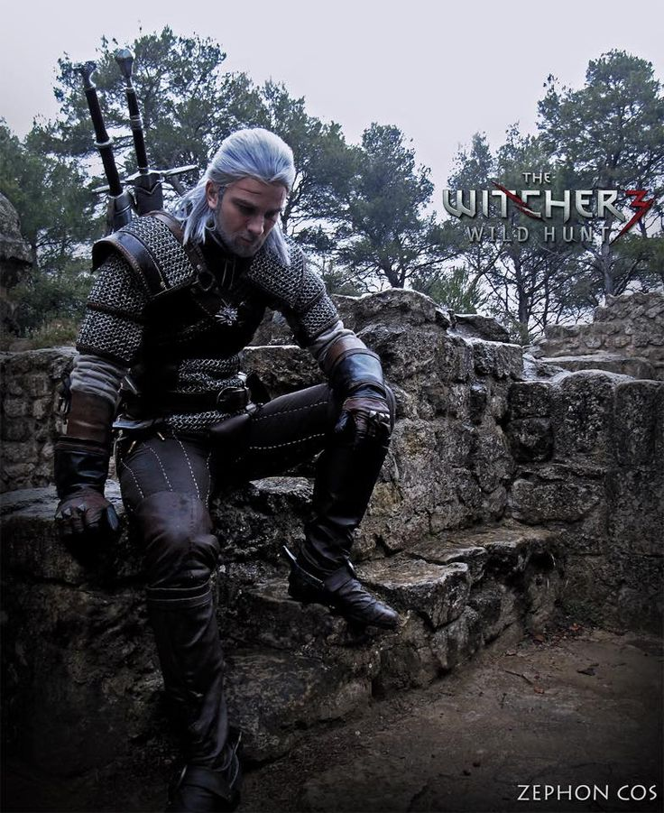 Character: Geralt of Rivia / From: Andrzej Sapkowski's 'The Witcher' Short Stories and Novels & CD Projekt RED's 'The Witcher' Video Game Series / Cosplayer: Zephon Cos / Photo: Azure Cosplay