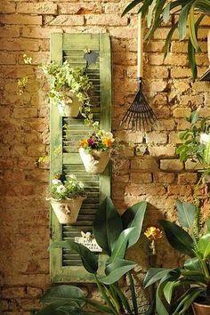 Old Style & Shabby Home: Vecchie persiane e riutilizzo chic: 7 modi per ridare nuova vita a questi fascinosi complementi