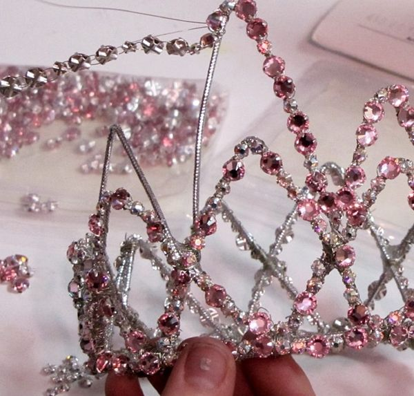 Tiara for my Halloween costume! I think I can do this...