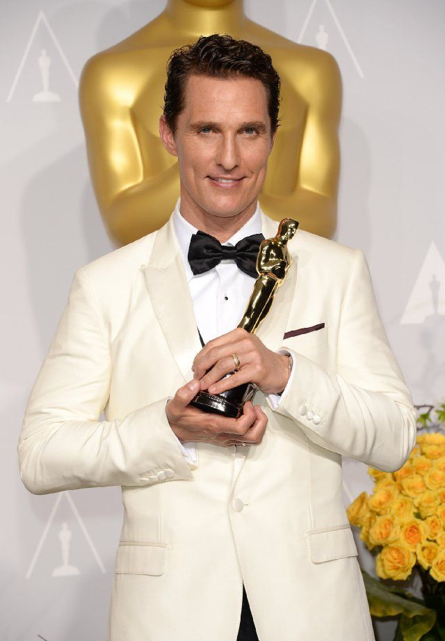 "2014 Academy Awards -  Matthew McConaughey best actor in leading role for ""Dallas Buyers Club"" OSCARS"