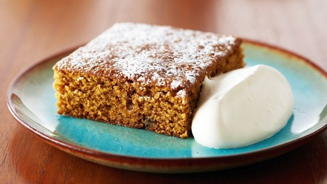 CLASSIC GINGERBREAD Festive desserts made with ease | Food | Life | St. Catharines Standard Anna Olson is the host of Food Network Canada's Bake with Anna Olson and Michael is Chef Professor at Niagara College.