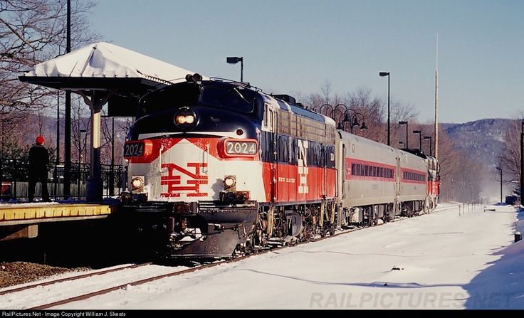 RailPictures.Net Photo: CDOT 2024 Metro-North Railroad EMD FL9 at Dover Plains, New York by William J. Skeats
