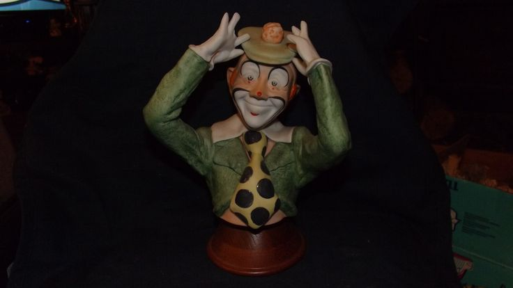 Collectible Clown Statues by candntreasures on Etsy