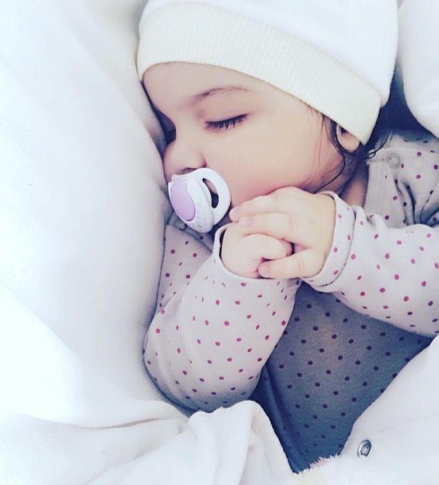 милые картинки с детьми спящими выложил совместную фотографию