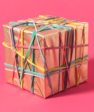 could put rubber bands on anything for the kids to remove....fine motor and visual processing: Christmas Parties, Visual Process, Rubberband, Gifts Bows, Fine Motors, Rubber Bands, Gifts Wraps, Xmas Gifts, Motors Skills