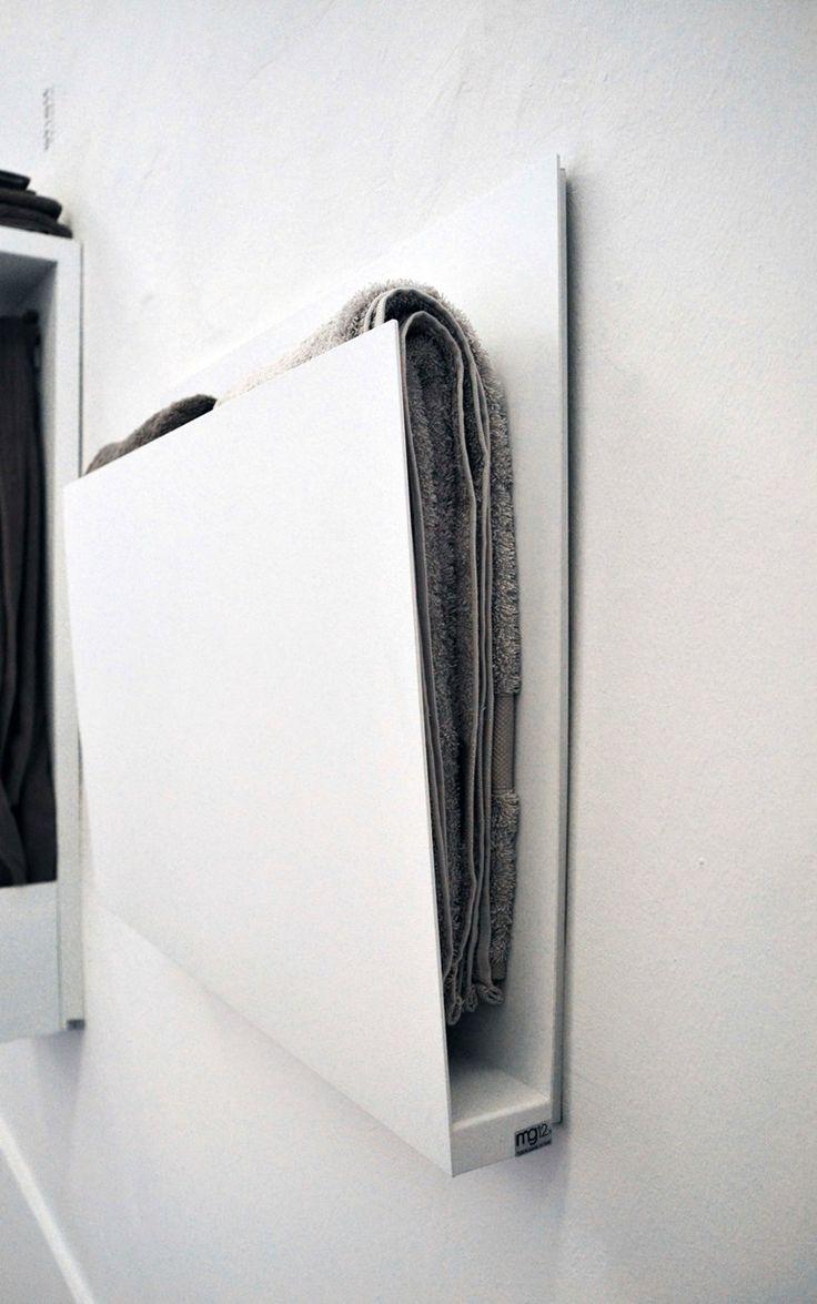 Wandmontierter elektrischer Handtuchwärmer aus Aluminium MAGAZINE by mg12 Design Monica Freitas Geronimi