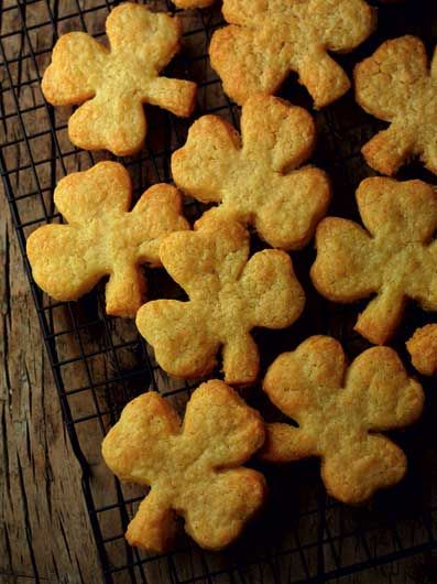 Irish Farmhouse Cheddar Cheese Shamrock Biscuits - To view our full range of St Patrick's Day cake decorating supplies, please visit http://www.craftcompany.co.uk/occasions/saint-days.html