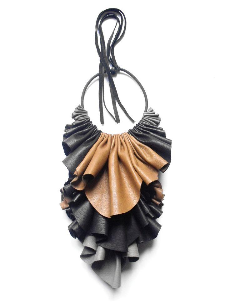 Giulia boccafogli designer di gioielli contemporanei for Designer di gioielli