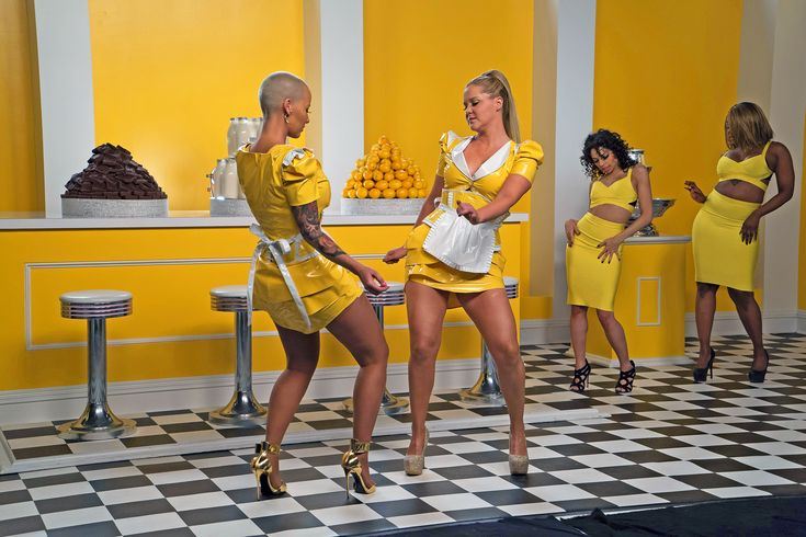 """To celebrate the Year ofButts (which arguably reached its zenith withthe Summer of Butts), Amy Schumer got her big-bootied lady friends together for a music video to promote Inside Amy Schumerset to playground anthem """"Milk Milk Lemonade""""—a song that, for the unfamiliar, features the lyric, """"milk, milk, lemonade, round the corner fudge is made."""" (We'll let you figure out what kind of fudge it's referring to.)"""