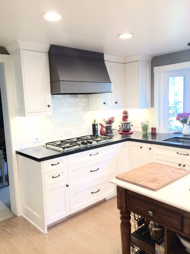 best 25 wood range hoods ideas on pinterest wooden vent. Black Bedroom Furniture Sets. Home Design Ideas