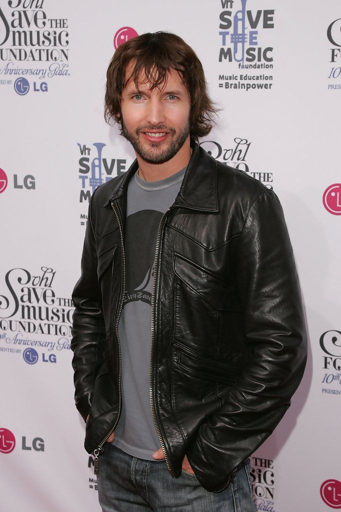 James Blunt Photos Photos - Musician James Blunt arrives at the VH1 Save The Music Foundation Gala at Lincoln Center on September 20, 2007 in New York City. - VH1 Save The Music Foundation Gala - Arrivals