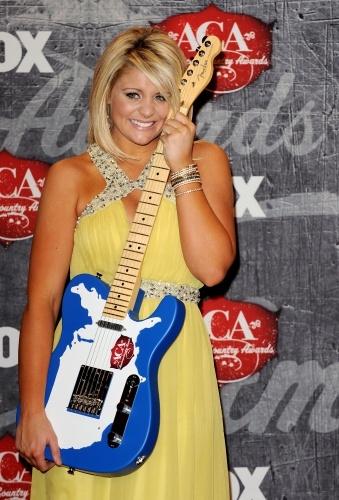 Lauren Alaina at the 2012 ACA's - when she won her first award!!! Best New Artist :)