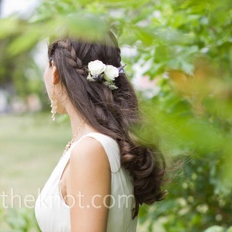 Hairstyle (spotted by @Betteqsb119 ): Hair Down, Hair Ideas, Braids Hairstyles, Hair Styles, Bohemian Braids, Weddings, Braid Hairstyles, Wedding Hairstyles, Knot