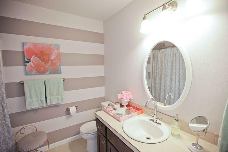Das Badezimmer schlicht streichen mit Streifen in Pastelltönen