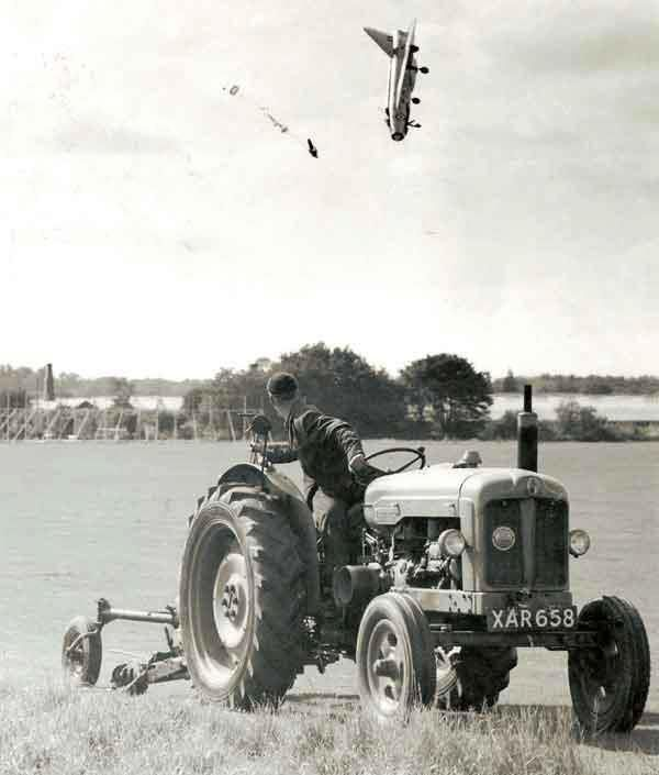 F1 pilot ejects at extremely low altitude. The pilot survived with multiple fractures. 1962.