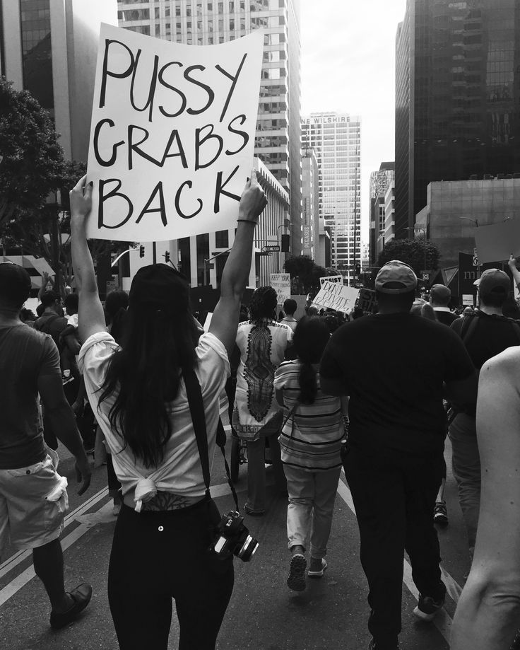 000 Feminist protesting 💪 Feminism, Youth culture, Social