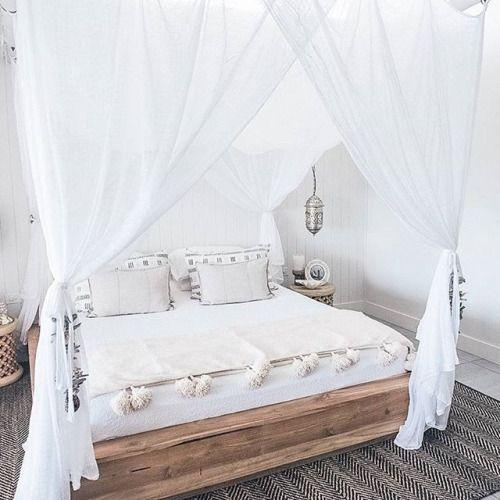 Pinterest  Maria Barroso. Best 25  Bedroom bed ideas only on Pinterest   Cosy bedroom