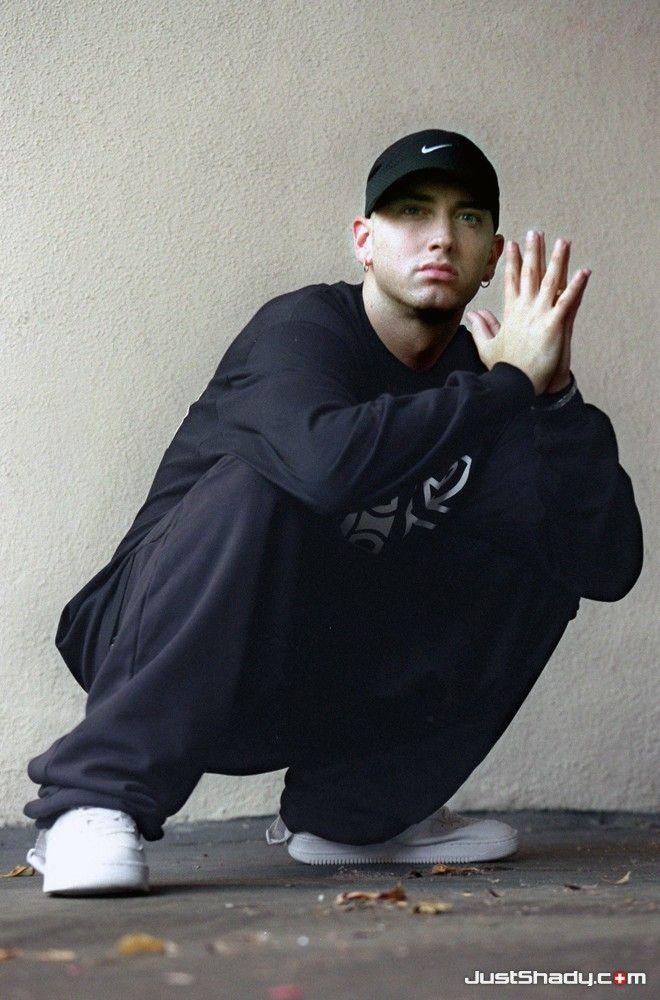 Marshall Mathers / Eminem / Slim Shady / SHADY / SHADYXV / DETROIT Vs. EVERYBODY  Very cool.