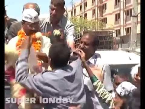 Kejriwal Funny Slapped  Mashup Lali Auto Driver