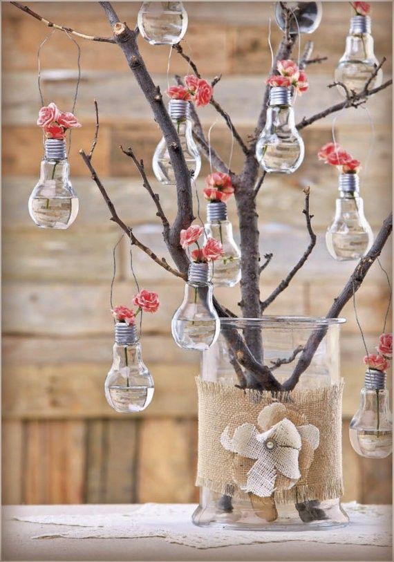 Bombillas colgantes con flores Set of 4 Light bulb flower vase. by REVIO on Etsy