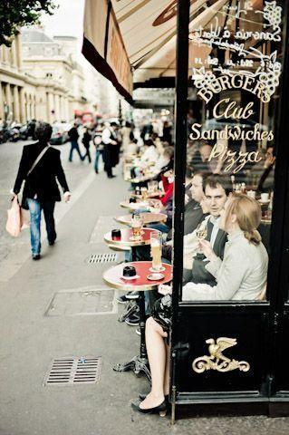 travel   cafe in paris  