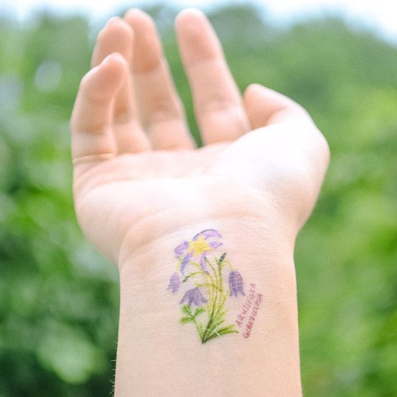 Watercolor purple flower tattoo ideas! Click to find more!