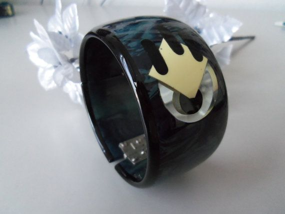 Vintage Bakelite Clamper Bright Blue Black by brandonsbakelite on Etsy