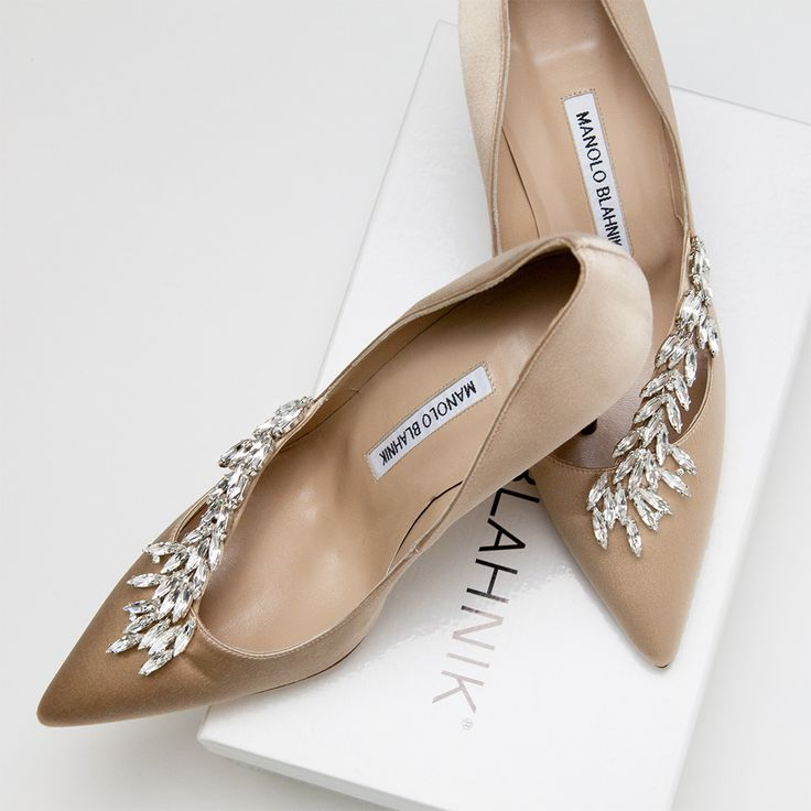 Carrie bradshaw shoes hello lover