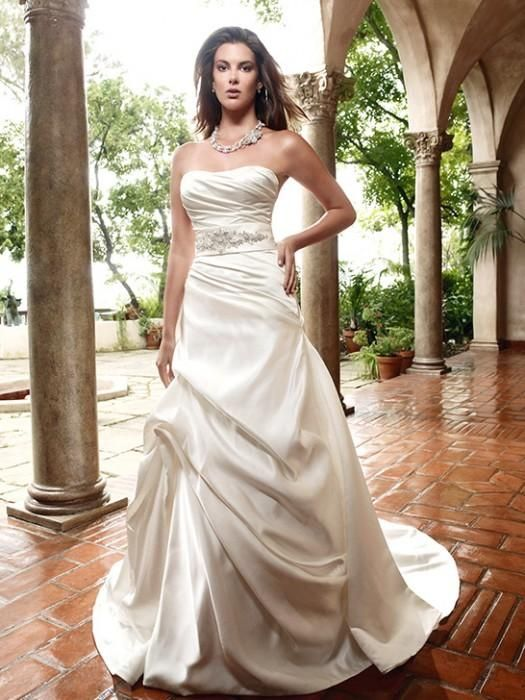 44 best casablanca images on pinterest wedding frocks for Wedding dress shops in tampa fl
