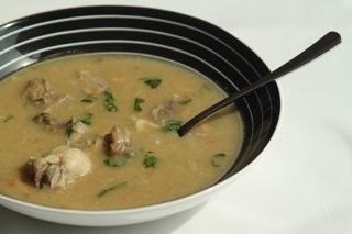 Gritibanasoep is een populaire soep uit de Creoolse keuken in Suriname. In de soep zit zoutvlees en eventueel wat gedroogde vis of gedroogde garnalen. De groene bananen en cassave worden tot balletjes gemaakt en meegekookt in de soep.