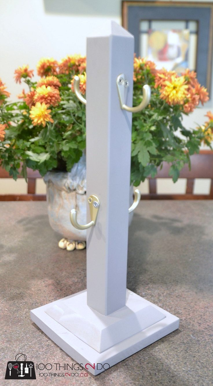 DIY Mug stand, Mug tree, mug rack, DIY cup stand, coffee cup holder, coffee mug tree, DIY gift idea, scrap wood project