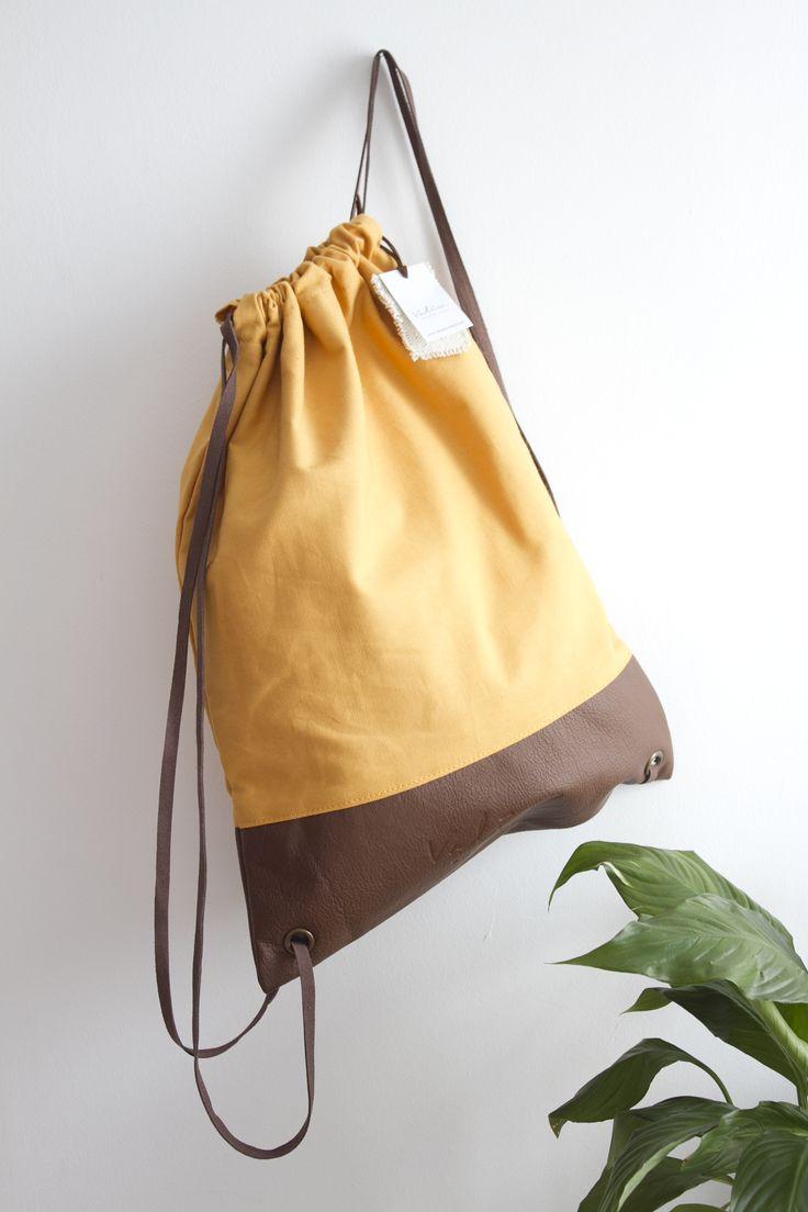 Valise piel & mostaza con asas en piel marrón. #bagpack #barcelona #valisebags #valisebarcelona