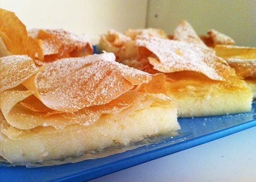 Qui trovate la ricetta: blog.giallozafferano.it/viveredigusto/la-bougatsa-colazio...   #bakery #bakeryrecipes Low fat diet recipes! http://cosmosale.com/paleodiet