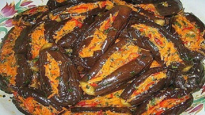 Сегодня, я бы хотела познакомить вас, с удивительным греческим блюдом из баклажанов.