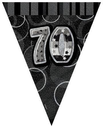 Guirnalda banderines grises edad 70 años: Esta guirnalda con banderines mide alrededor de 3,6 metros de largo y 30 cm de alto.Cada banderín es negro y gris con el número 70.Esta guirnalda original completará la...