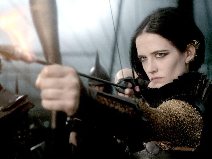 Eva Green as Artemisia in 300: Rise of an Empire