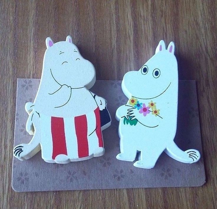 Moominmamma and Moomintroll Wooden Magnets