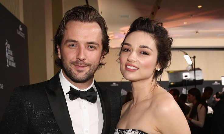 Darren McMullen attends LA awards with new girlfriend Crystal Reed