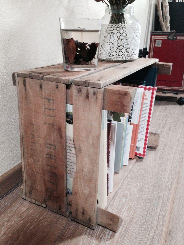 Mini libreria cassetta legno