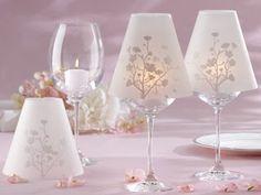 Tu Boda de Ensueño (ant. La Boda de tus Sueños): Lámparas con Copas de Vino