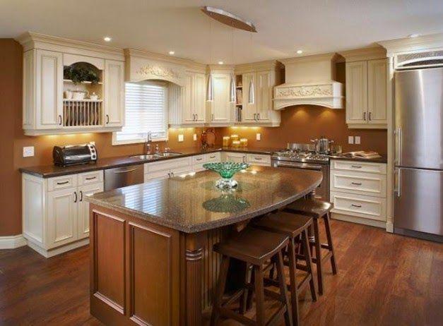 Dekorasi dapur kontemporer dengan furnitur klasik
