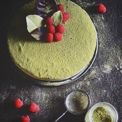 Matcha obsession. #matchaocha #matcha #tea #organic #green #nourish #detox #healthy #fitness #health #superfood #plantbased #paleo #raw #vegan #natural #food #cleaneating #wellness Photo:@abrowntable