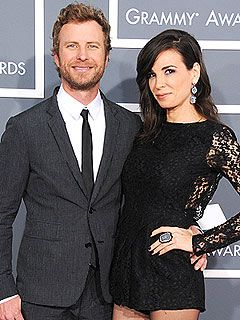 Dierks Bentley Welcomes SonKnox with his wife Cassidy -- now they have two girls and a boy | People.com