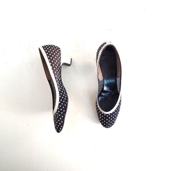 vintage 1950s heels 50s shoes black mesh pumps size 8 vintage chaussures femme et. Black Bedroom Furniture Sets. Home Design Ideas